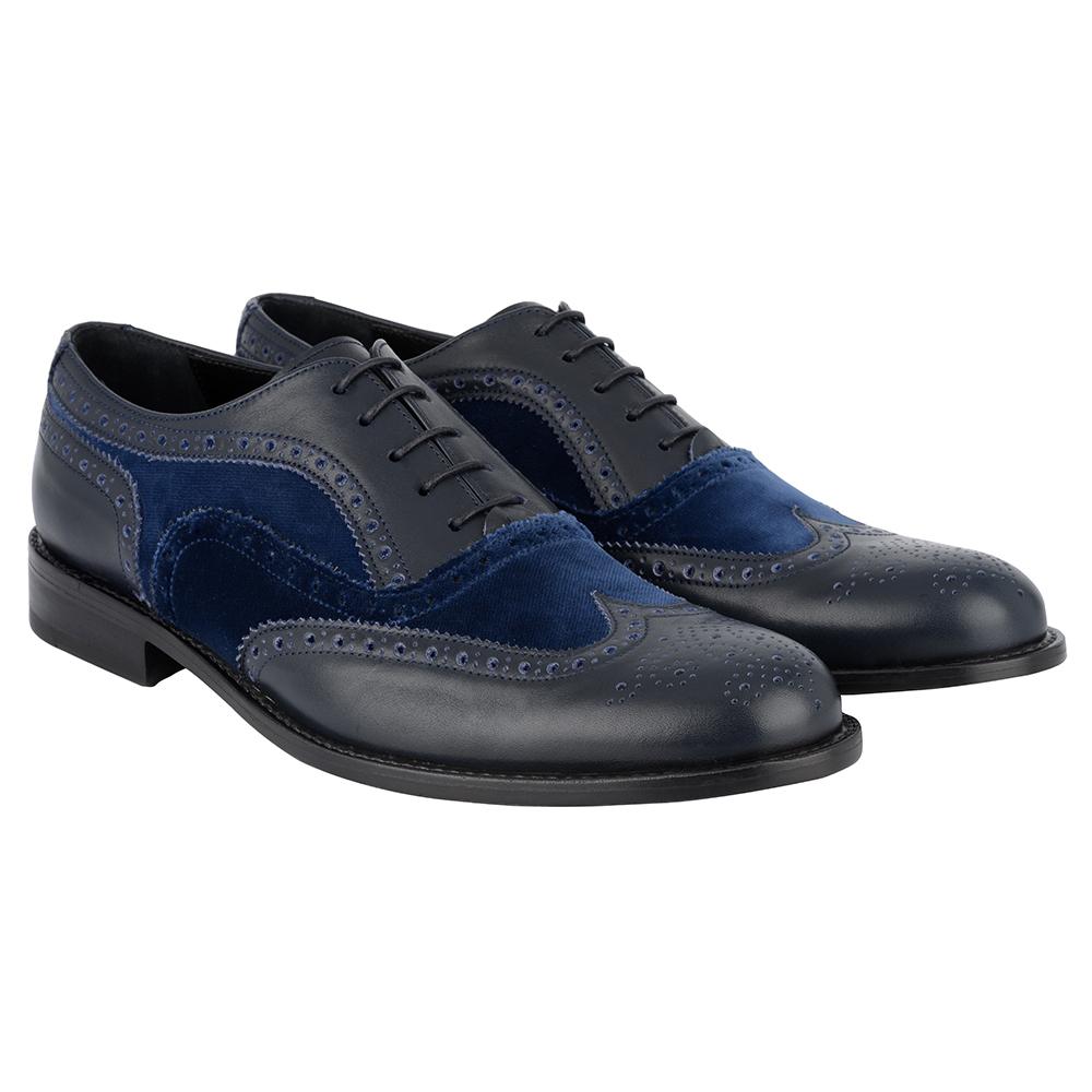 Lascia che i tuoi piedi parlino con le scarpe da corsa Nike di questa stagione. Acquista Scarpa da corsa Nike Air Max per Uomo Profondo Blu Royal/Nero/Iper Cobalto significa per godersi la vita.